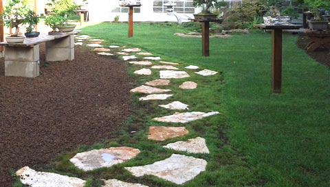 giardini idee originali area verde : per giardini. Come incassare le mattonelle di porfido nel prato verde